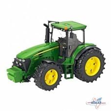 Модель трактора JD7930 М1:16, JD