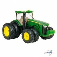 Модель трактора 8360R M1:64, JD
