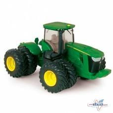 Модель трактора 9560R M1:64, JD
