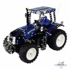 Модель трактора (конструктор, на пульте управления) NEW HOLLAND T8390 М1:16 (TRONICO)